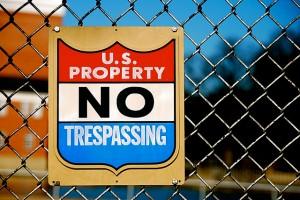 US Property No Trespassing