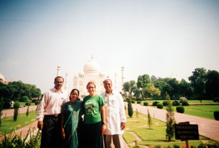 Family in front of the Taj Mahal 2003